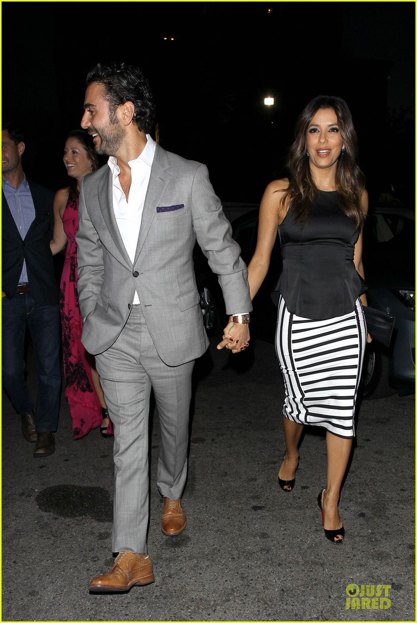 eva longoria beaming with jose baston presence 113135408
