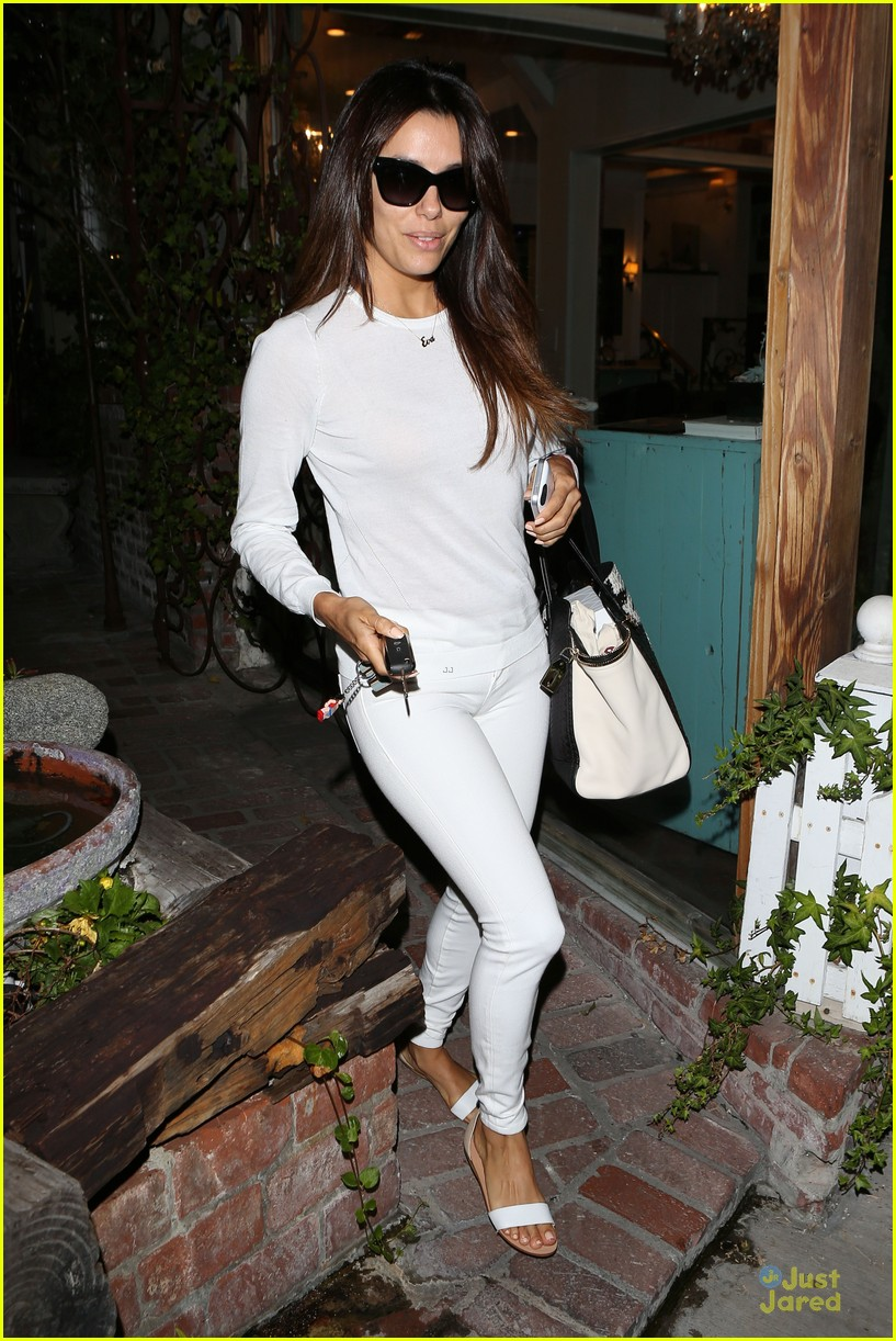 eva longoria shows support for inside out 11m 063139744