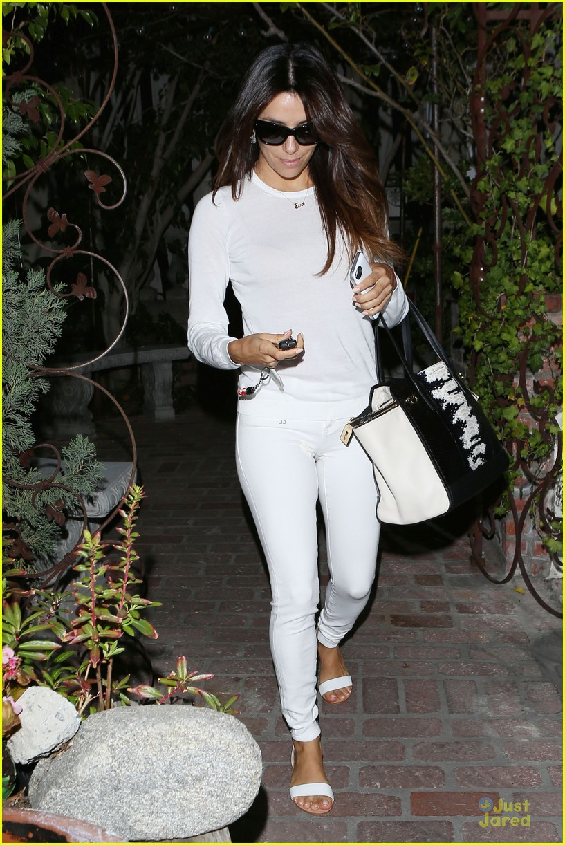 eva longoria shows support for inside out 11m 113139749