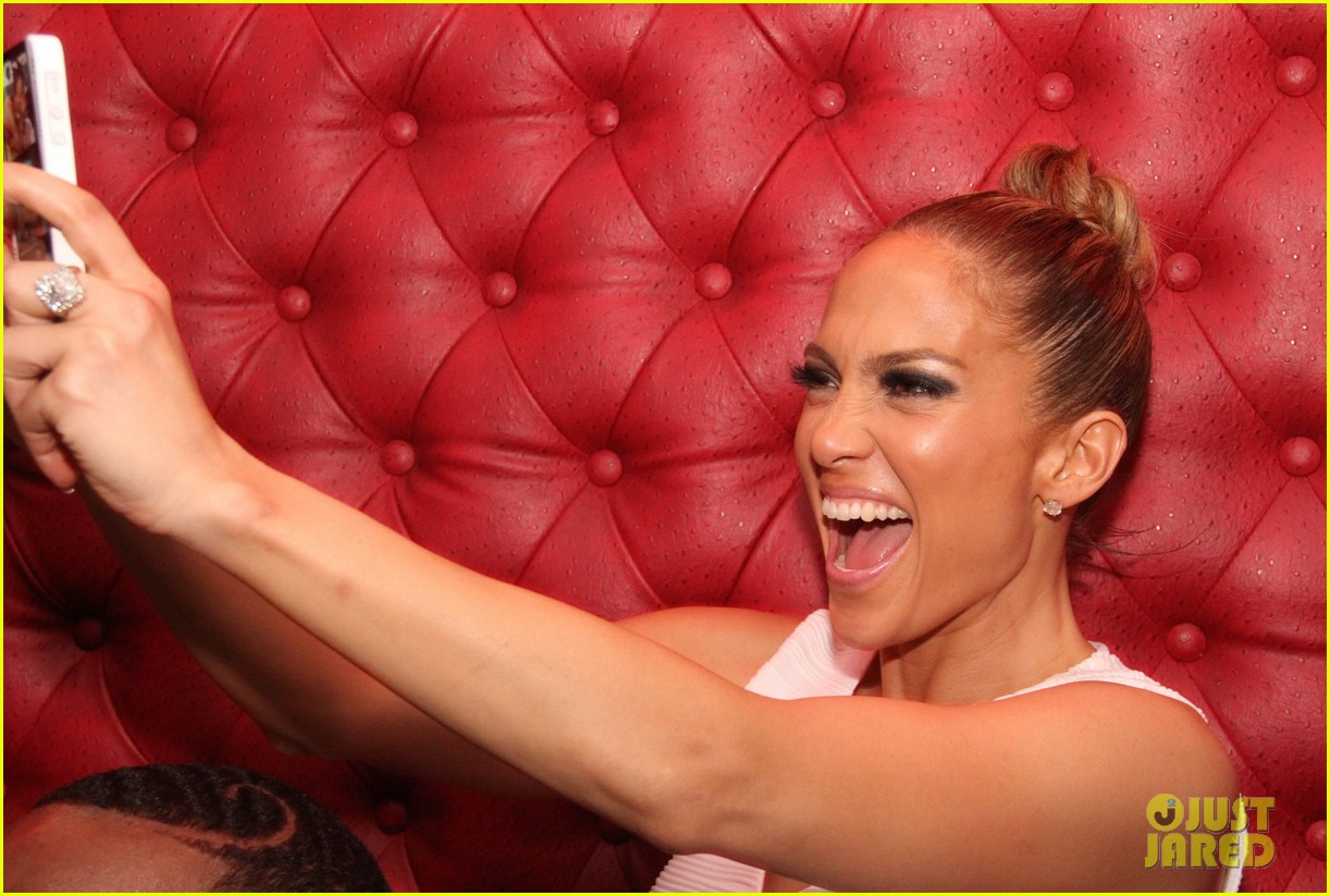 jennifer lopez celebrates her hometown concert with ti 253129183