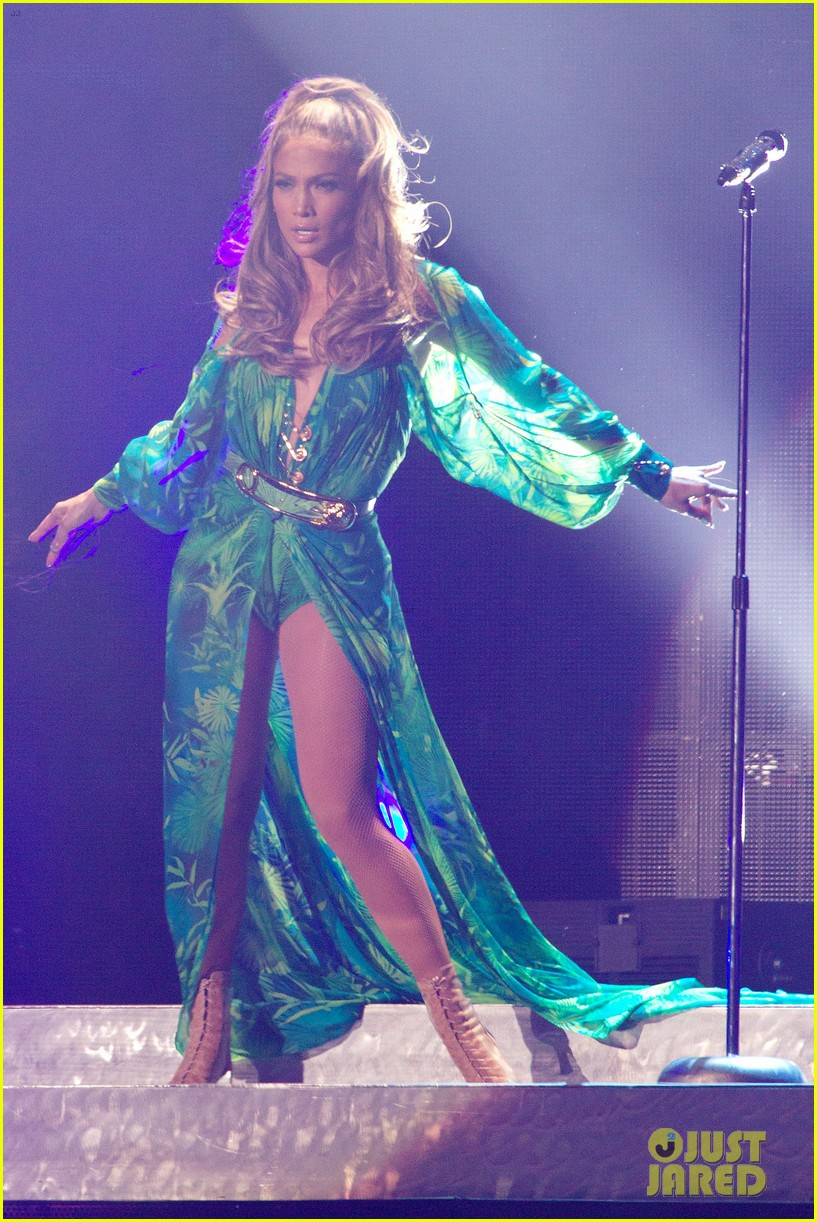 jennifer lopez hometown concert state farm 013128635