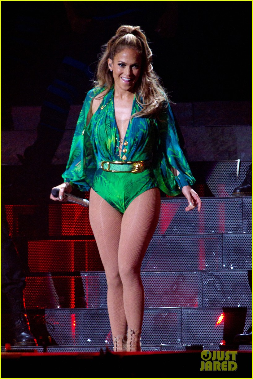 jennifer lopez hometown concert state farm 153128649