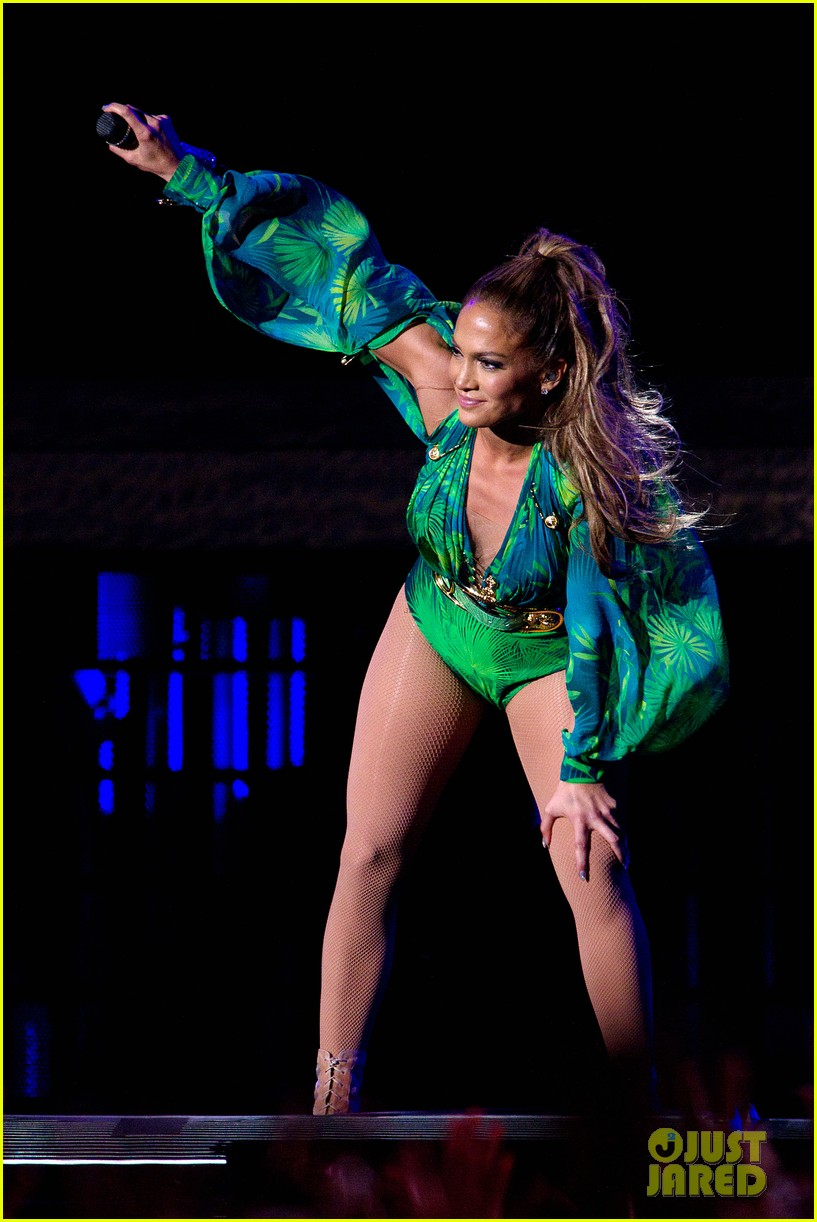 jennifer lopez hometown concert state farm 263128660