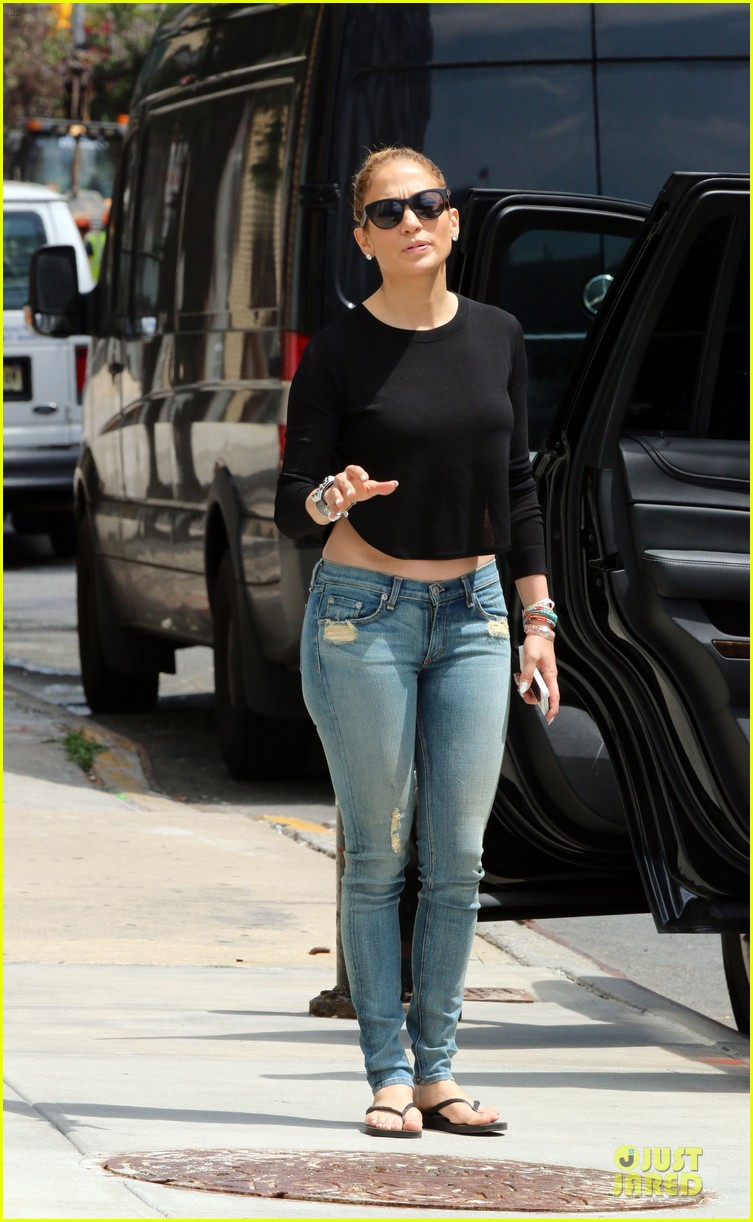 jennifer lopez bare midriff sight to see in nyc 143147096