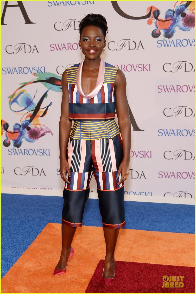 lupita nyongo jennifer hudson cfda fashion awards 2014 013126755