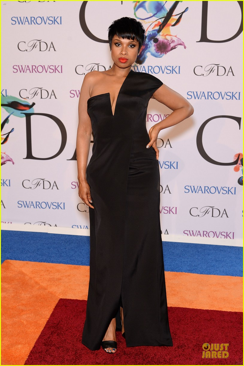lupita nyongo jennifer hudson cfda fashion awards 2014 053126759