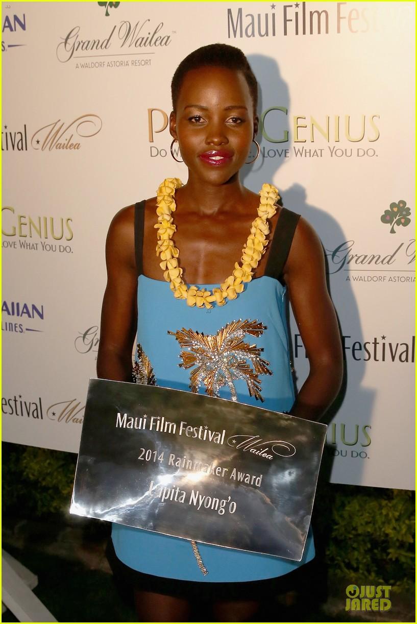 lupita nyongo rainmaker at maui film festival 02
