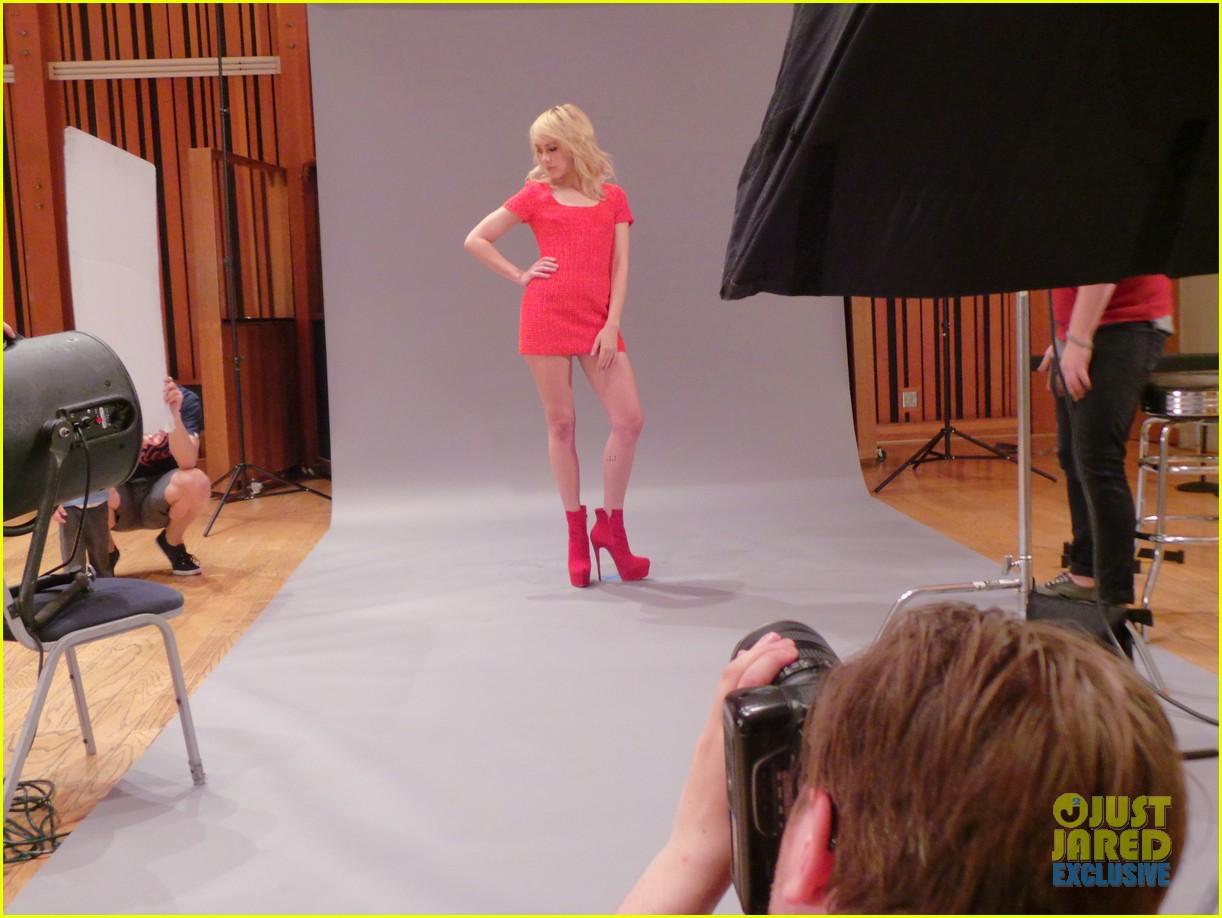 jena malone jj spotlight behind the scenes exclusive 023127472