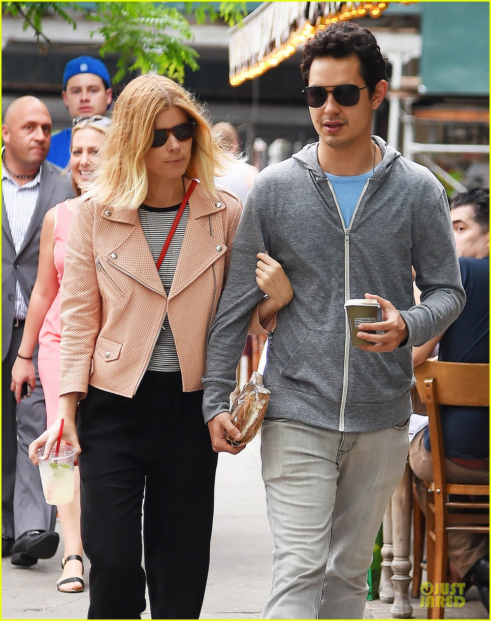 kate mara max minghella cute couple in nyc 043128576