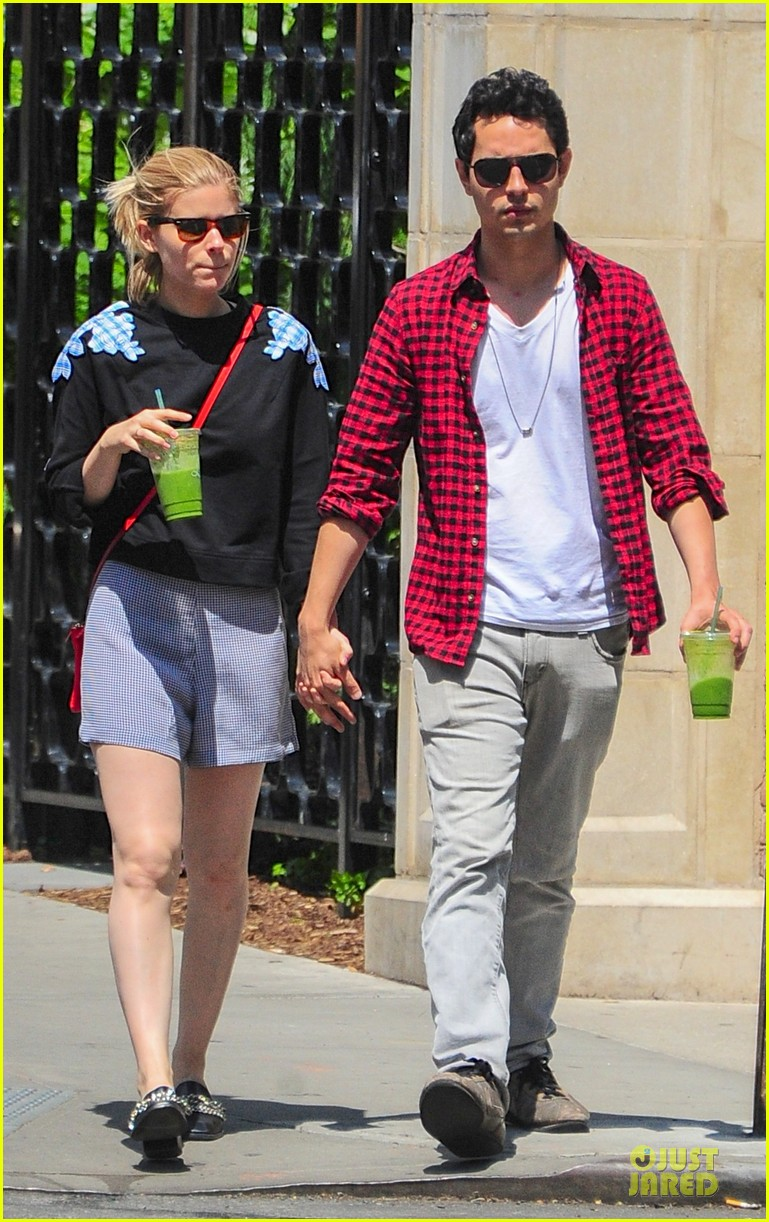 kate mara max minghella cant get enough of each other 013131089