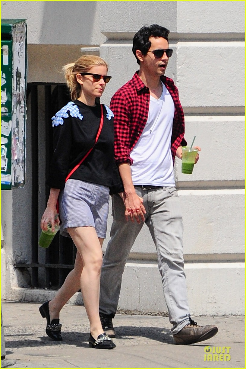 kate mara max minghella cant get enough of each other 083131096