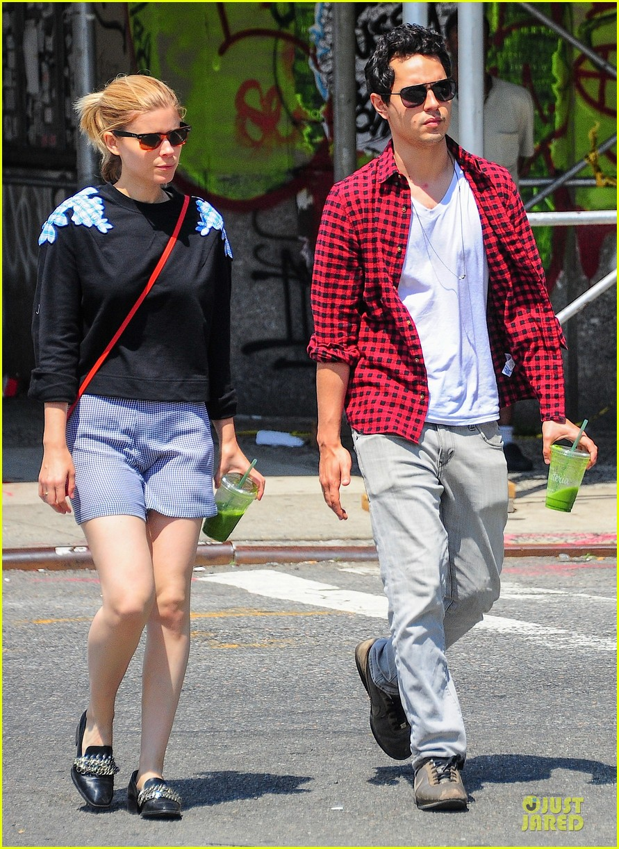 kate mara max minghella cant get enough of each other 093131097
