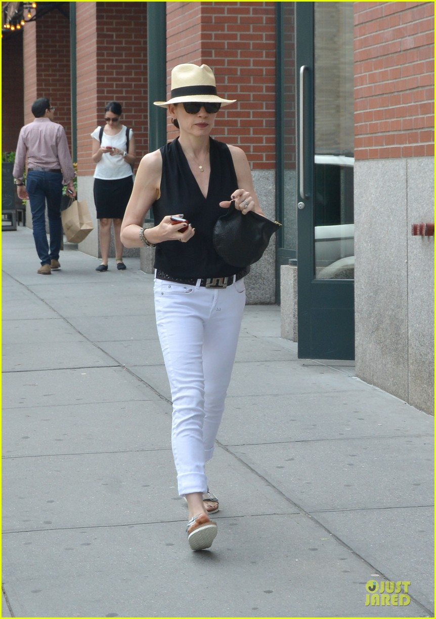 julianna margulies good wife could go for seven seasons 043138677