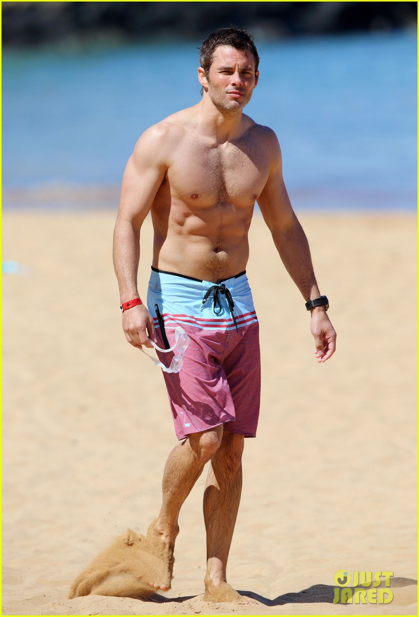 shirtless james marsden shows ripped body in hawaii 203131791