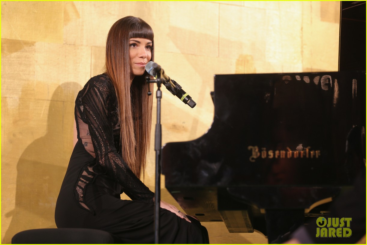 ricky martin christina perri perform at the life ball 11