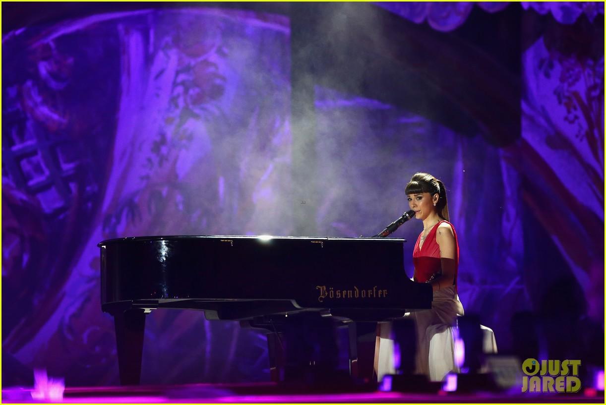 ricky martin christina perri perform at the life ball 223125677
