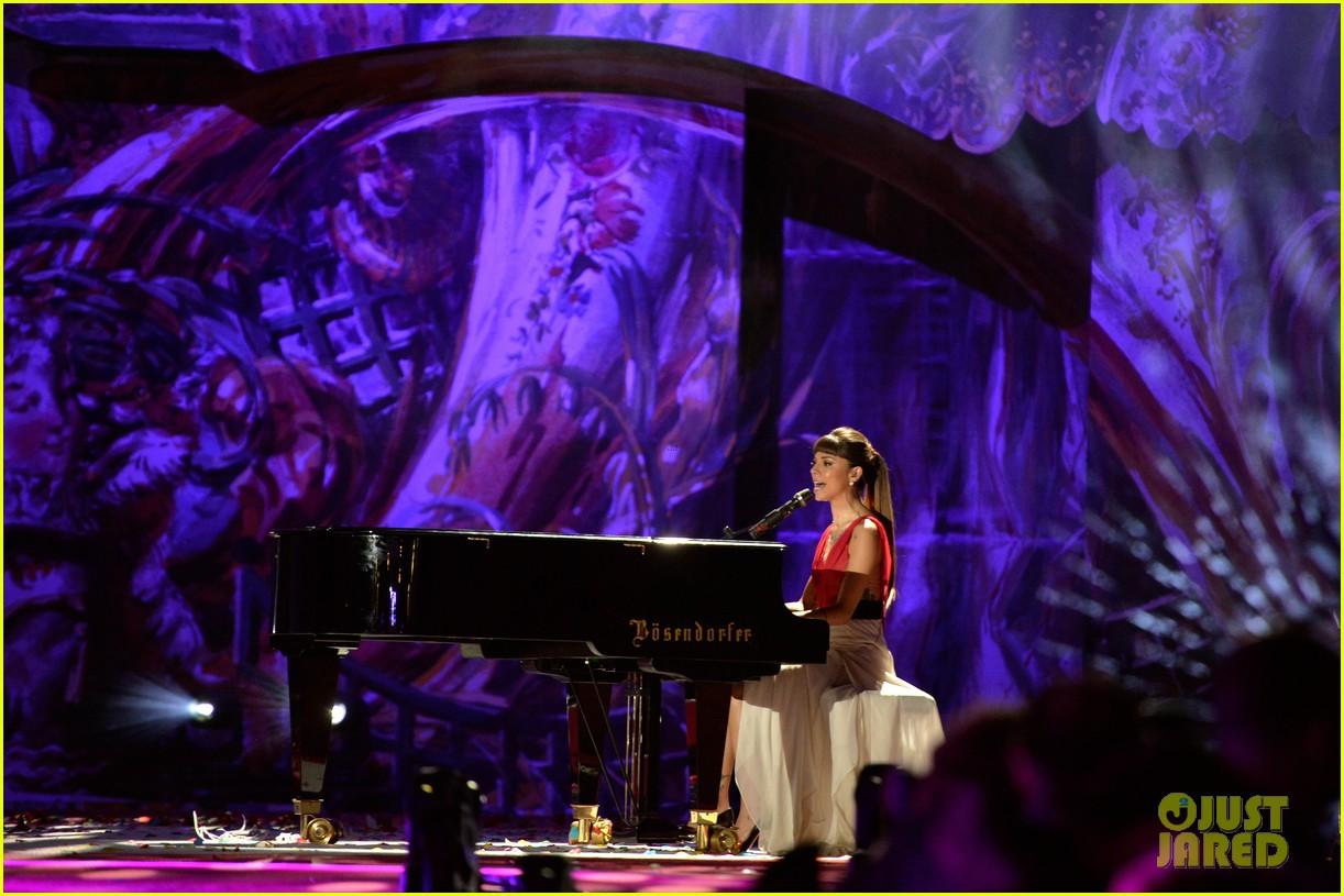 ricky martin christina perri perform at the life ball 243125679