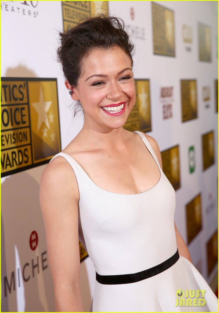 tatiana maslany michelle monaghan critics choice tv awards 2014 023139291