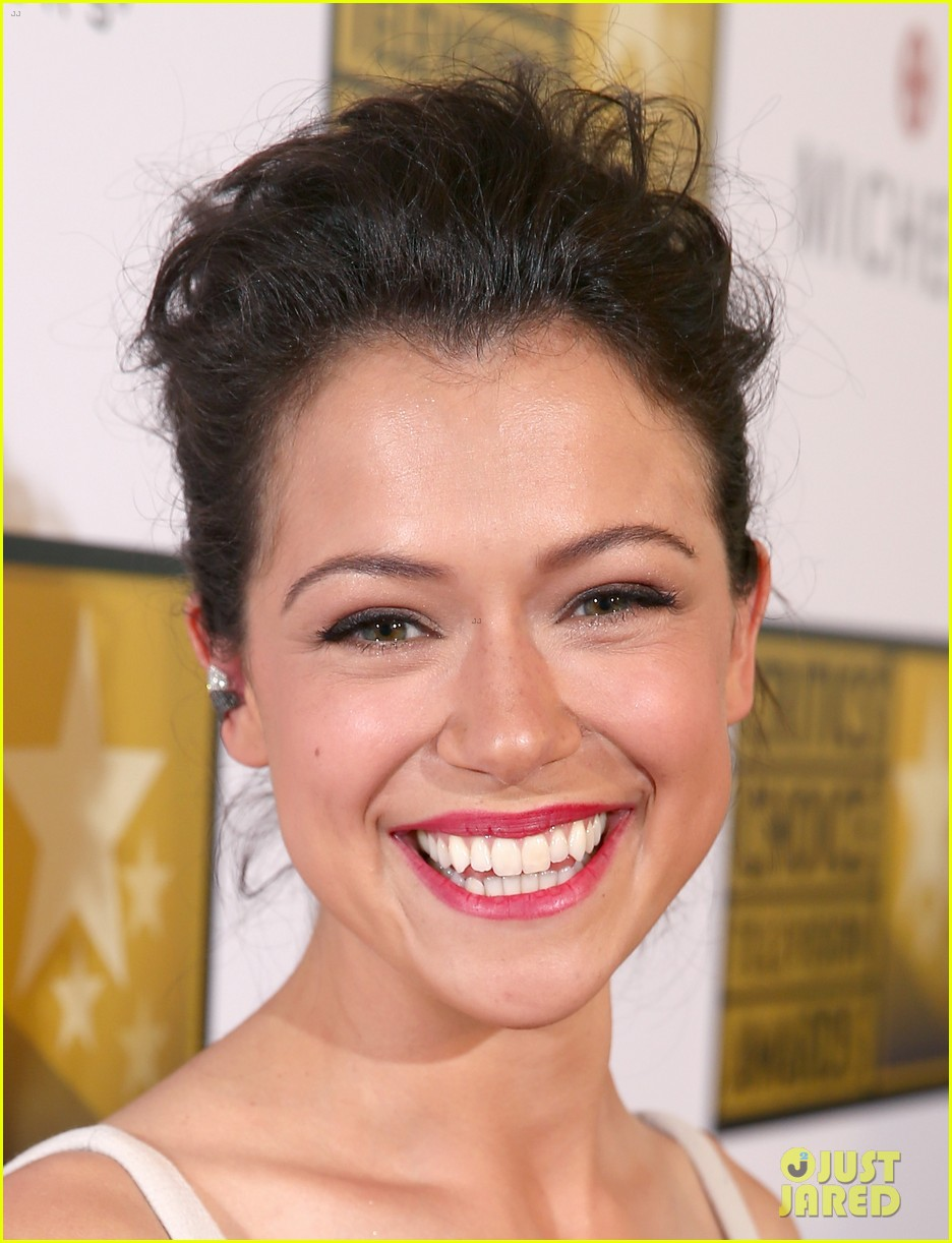 tatiana maslany michelle monaghan critics choice tv awards 2014 063139295