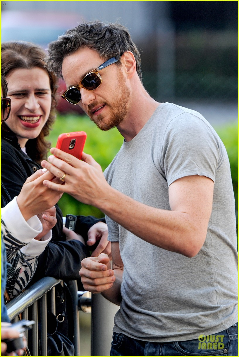 james mcavoy display athleticism at soccer aid 073130522