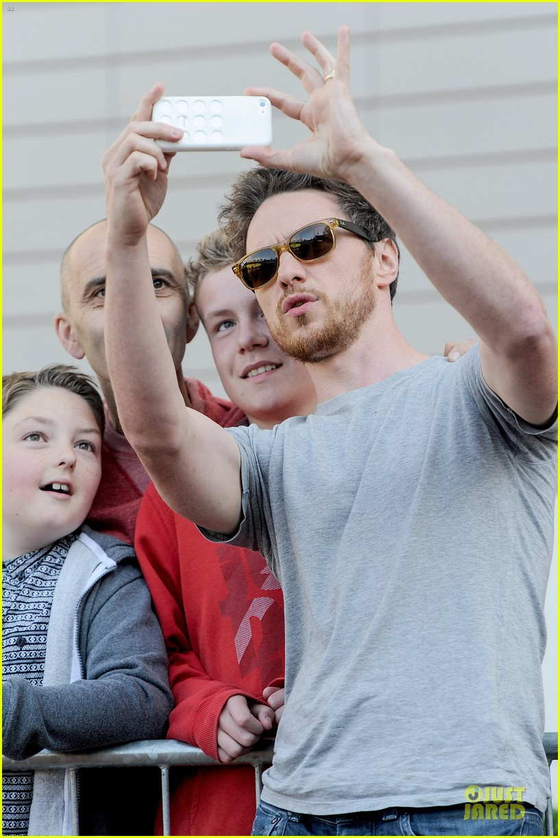 james mcavoy display athleticism at soccer aid 12