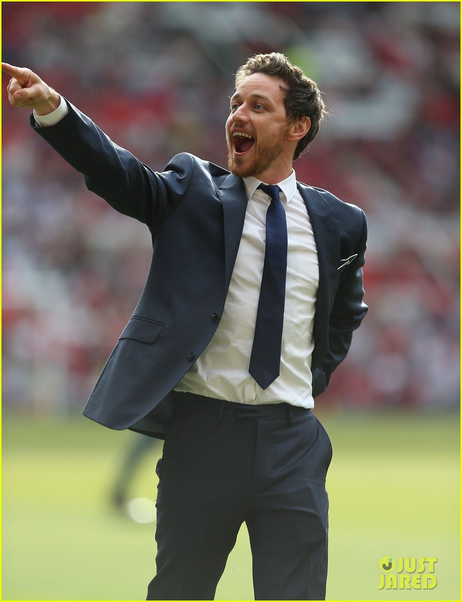 james mcavoy jeremy renner help tackle child poverty at soccer aid 2014 123131636