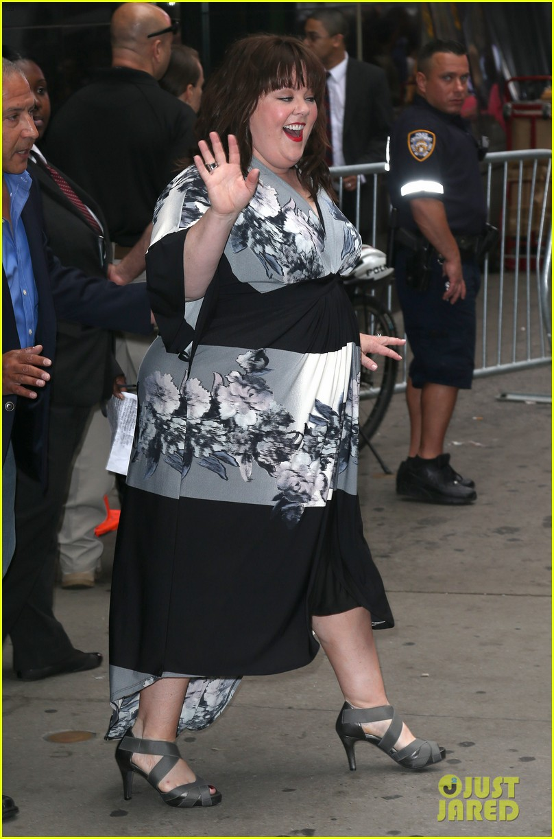 melissa mccarthy will do almost anything for a laugh 01