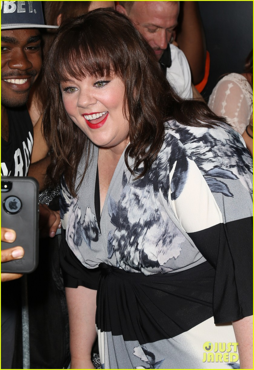melissa mccarthy will do almost anything for a laugh 04