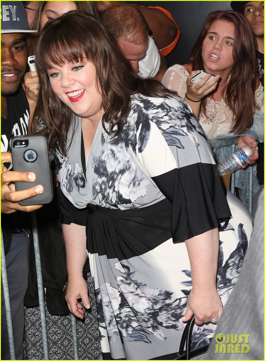melissa mccarthy will do almost anything for a laugh 093143566