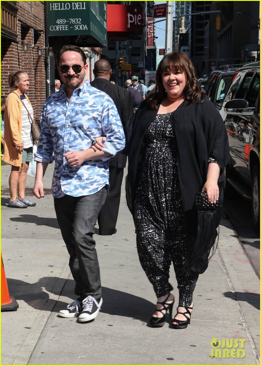 melissa mccarthy talks juggling work family on david letterman 023142936