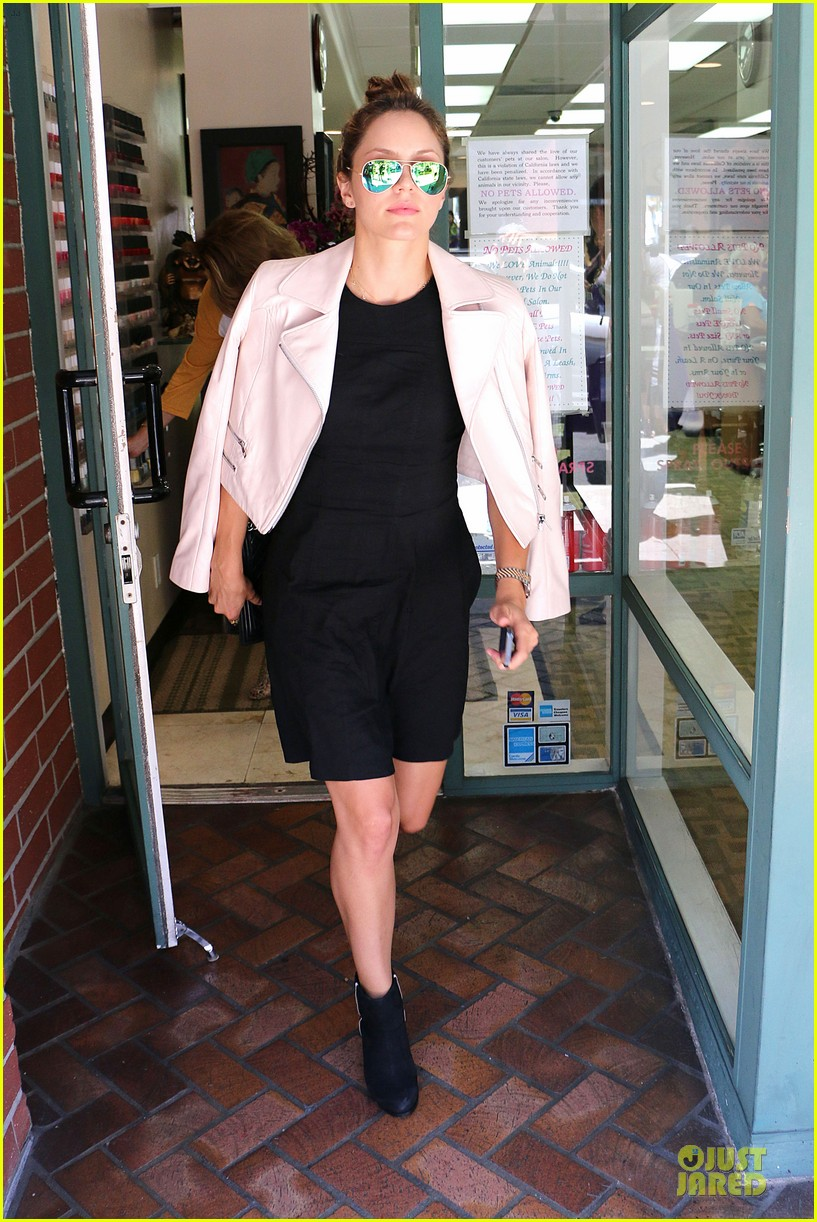 katharine mcphee likes to pair black with cool colored jackets 133137610