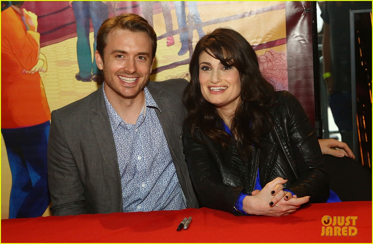 idina menzel debuts new bangs at if then cd signing 053134084