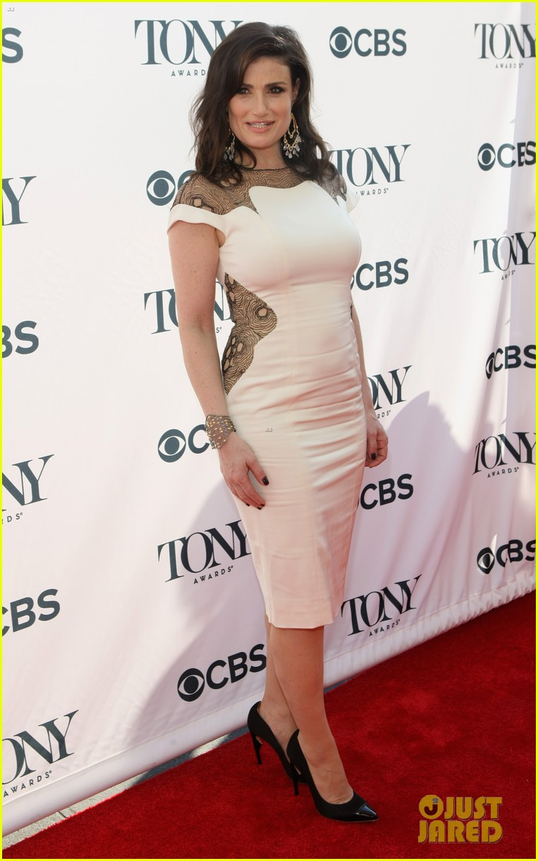 idina menzel broadways best ladies tony awards cocktail party 13