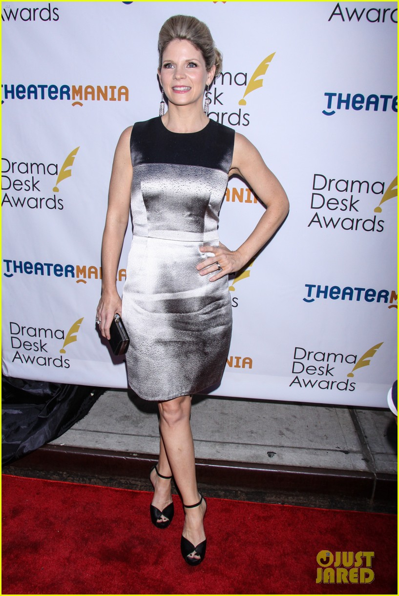 idina menzel sutton foster broadway ladies at drama desk awards 053126232