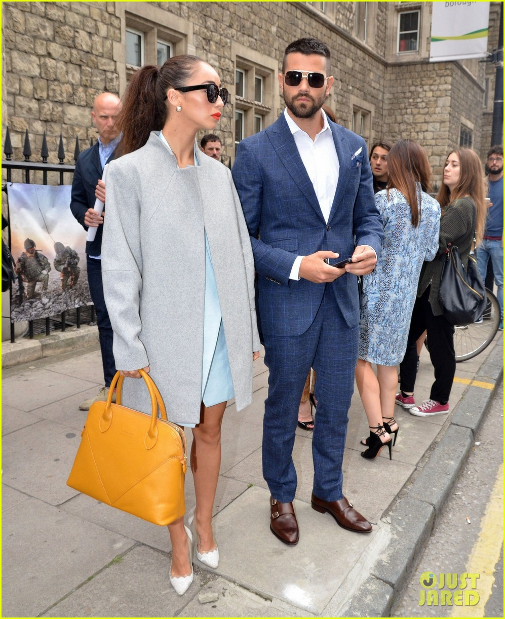 jesse metcalfe cara santana fashionable duo for london mens fashion week 123137882