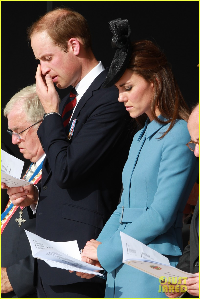 kate middleton prince william pay respects at d day 70th anniversary 143129884