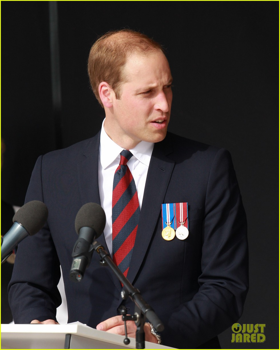 kate middleton prince william pay respects at d day 70th anniversary 233129893