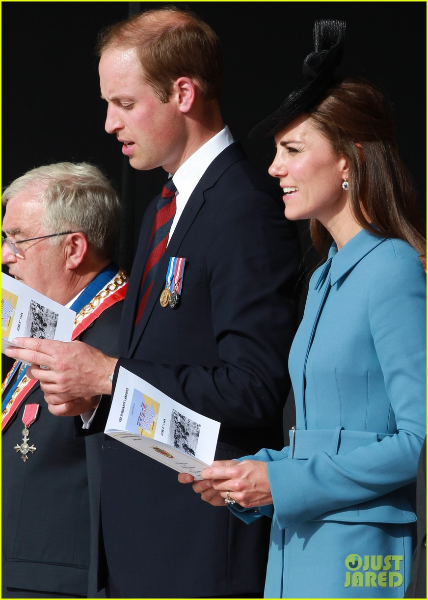 kate middleton prince william pay respects at d day 70th anniversary 293129899