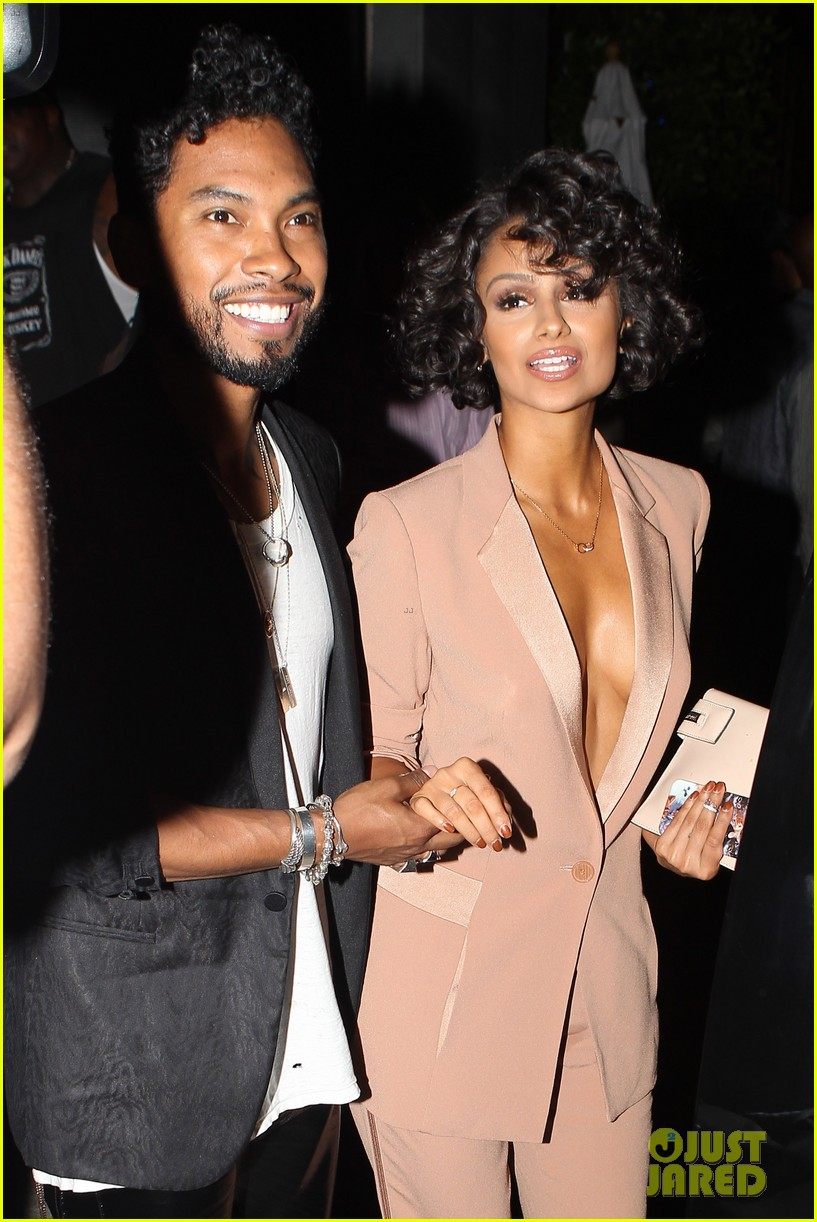 miguel girlfriend nazanin mandi stakes claim to his crotch 043147038
