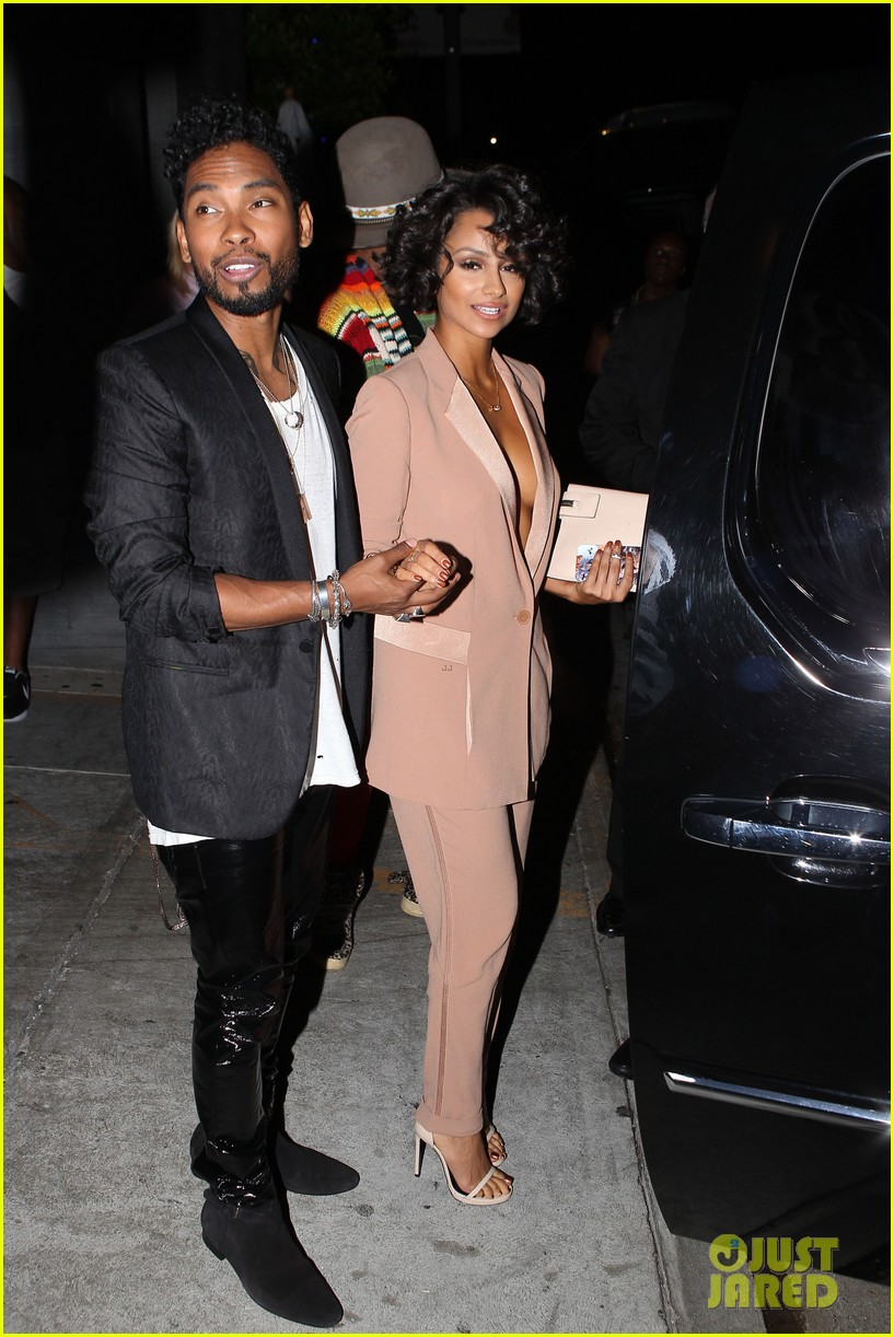 miguel girlfriend nazanin mandi stakes claim to his crotch 083147042