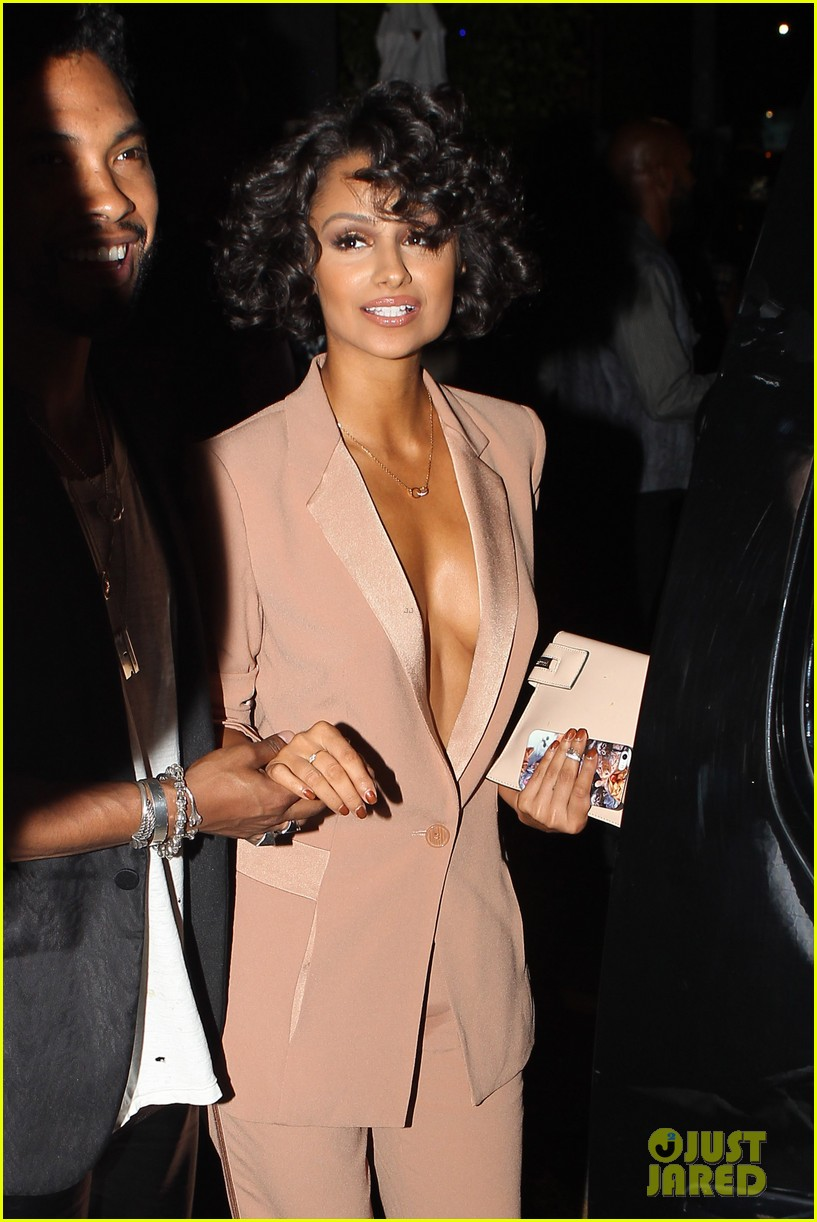 miguel girlfriend nazanin mandi stakes claim to his crotch 143147048