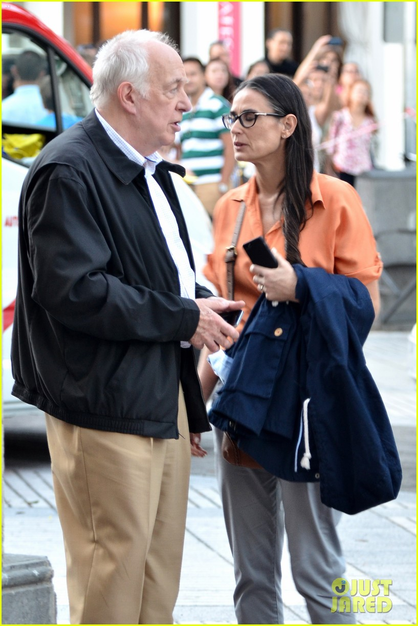 demi moore gets back to the grind begins filming wild oats 103141661