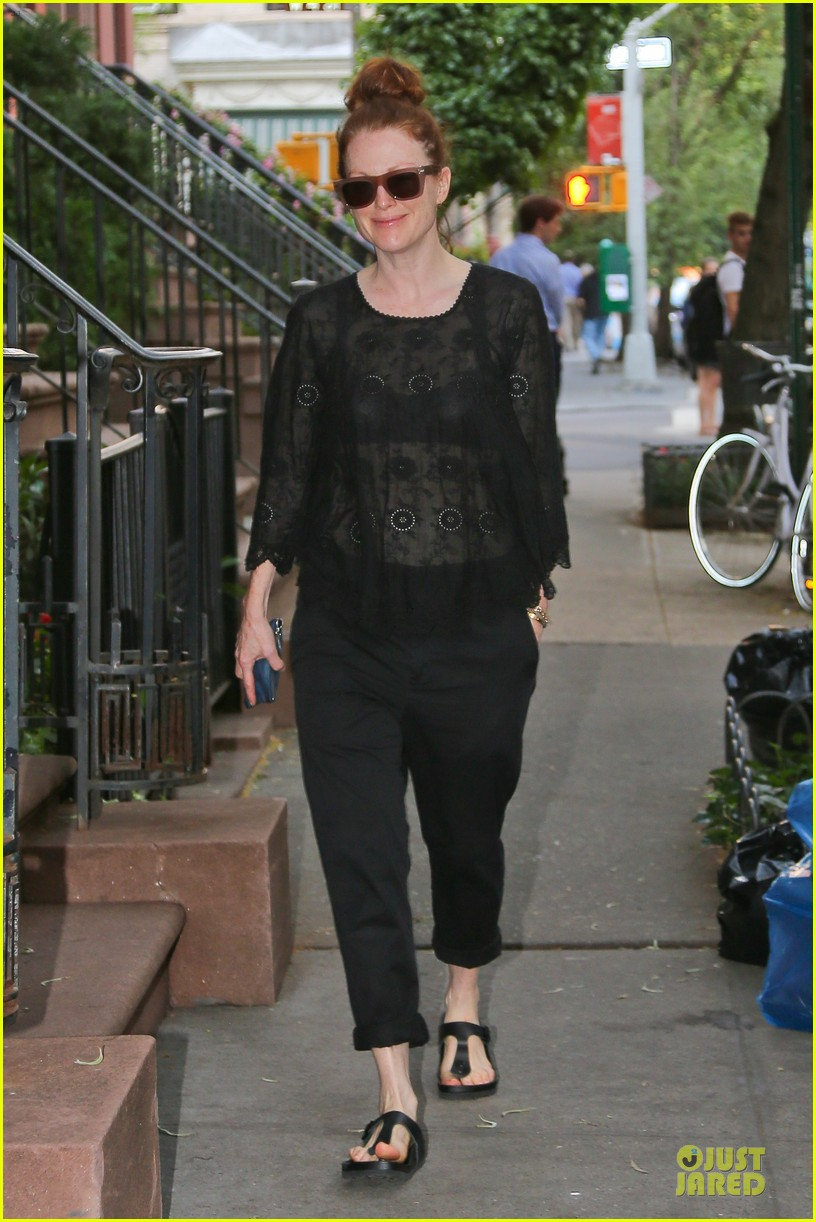 julianne moore flashes black bra in sheer top 043142887