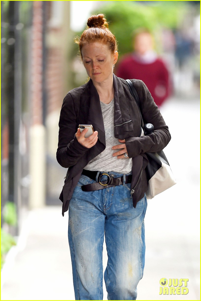 julianne moore scored cool mom points 07