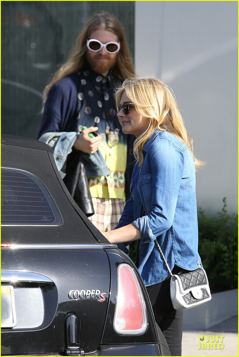 chloe moretz james to onerepublic at hollywood bowl 103130207