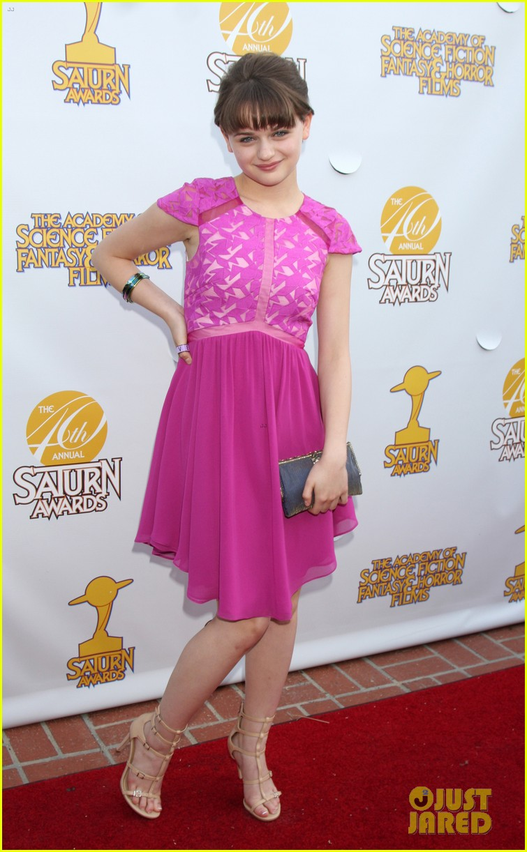 chloe moretz scores best performance by a younger actor at saturn 073144707
