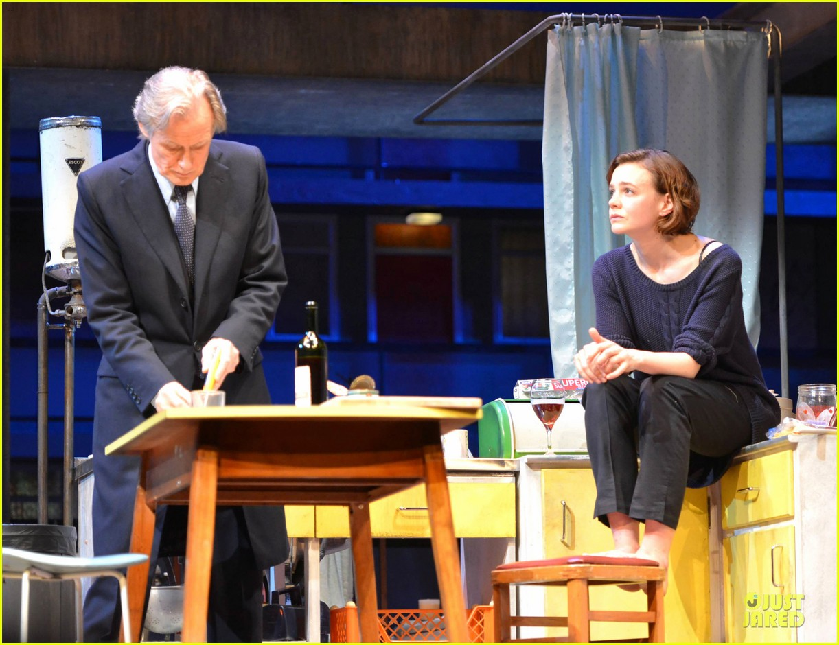 carey mulligan bill nighy embrace in skylight opening 063130585