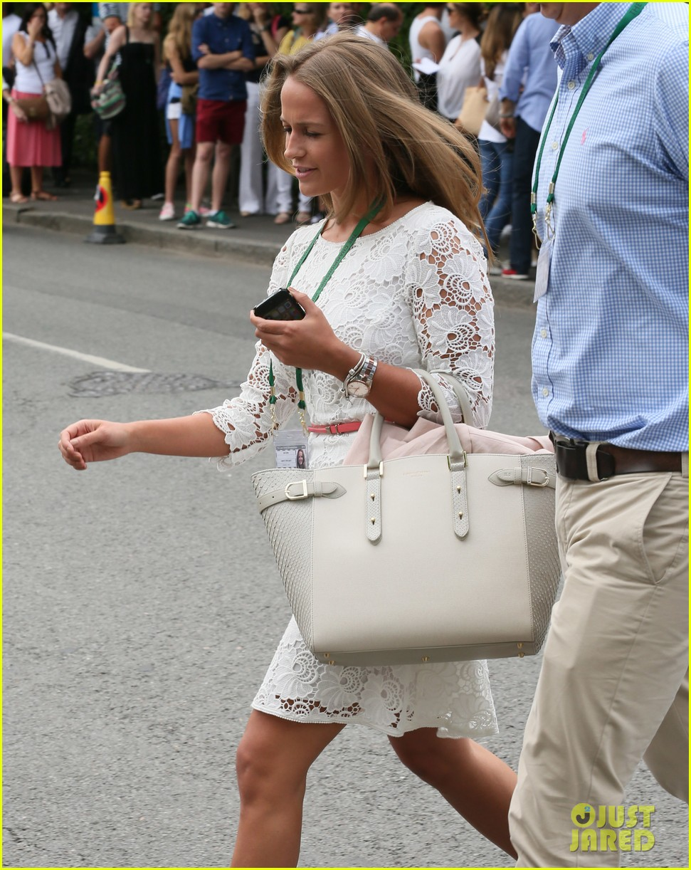 andy murray girlfriend kim sears supports him at wimbledon 253141807