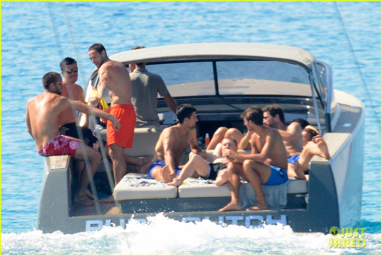 novak djokovic continues his bachelor party beach vacation 083135153