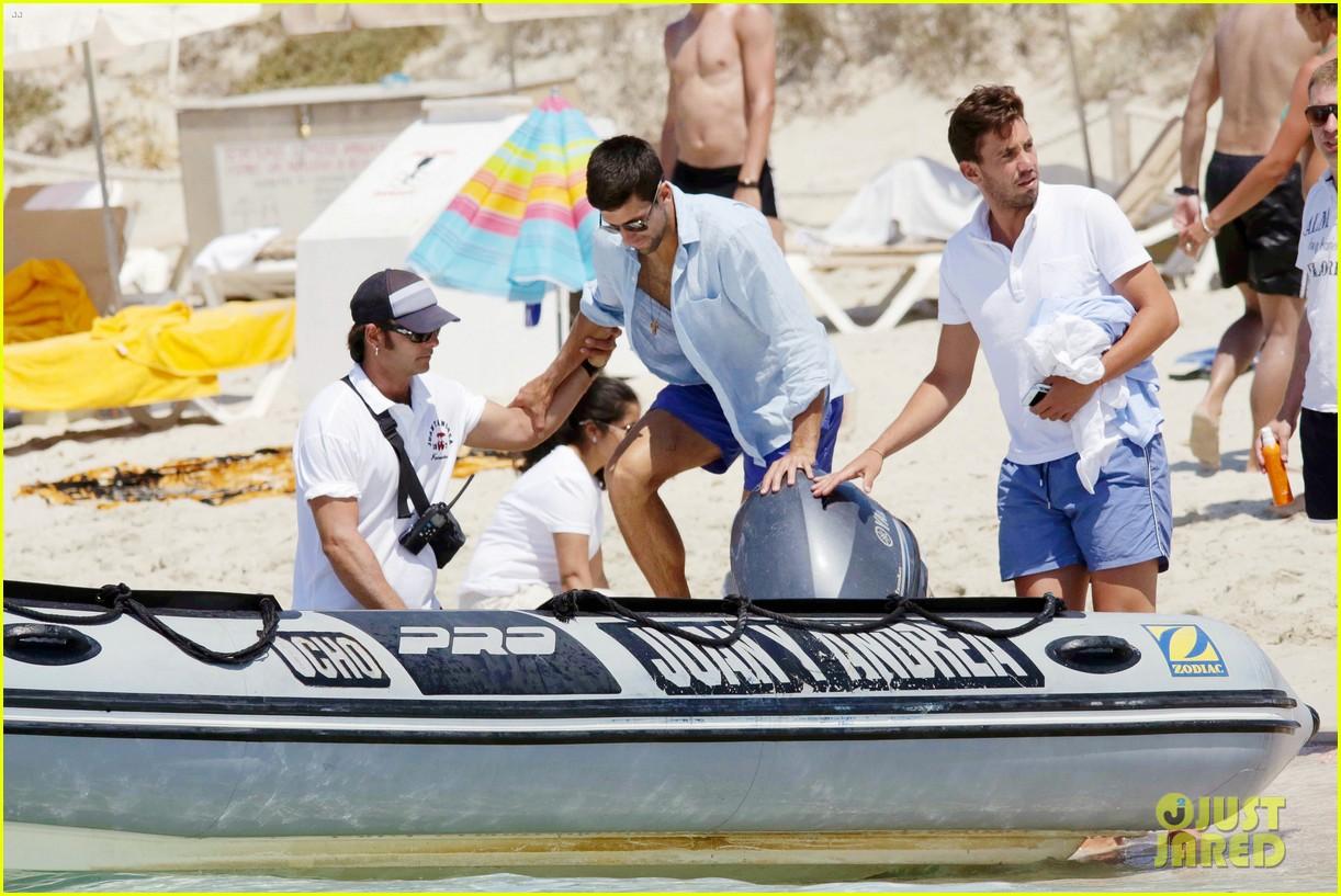 novak djokovic continues his bachelor party beach vacation 173135162